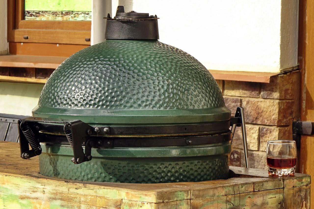 Nieuwe familiebarbecue nodig? Neem een Big Green Egg Large